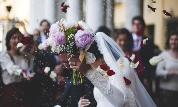 Faîtes plaisir aux mariés avec un cadeau original !