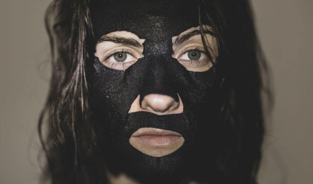 Les bienfaits du charbon végétal pour le visage