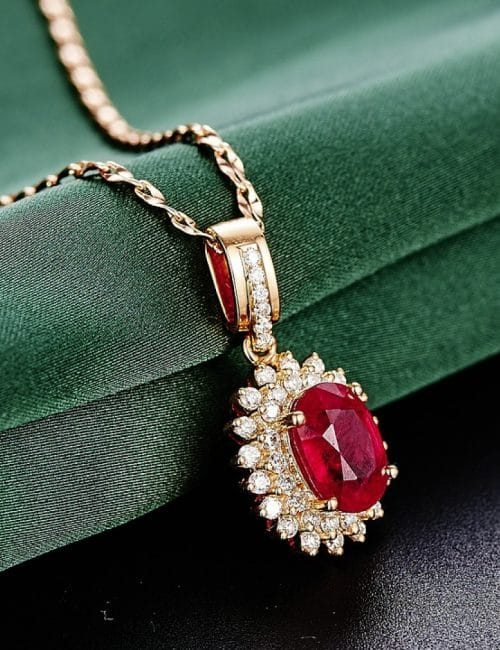 Mesdames : adoptez les bijoux en acier inoxydable